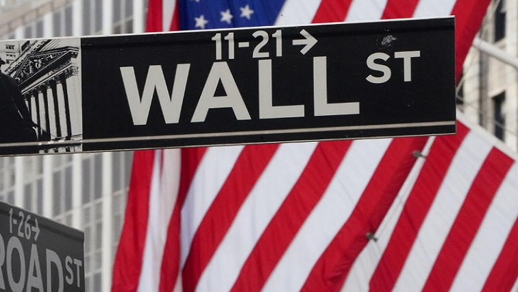 wall 8 3 - Stocks at record high but yields fall, dollar under pressure