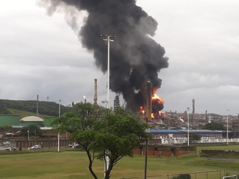 Durban explosion Twitter @ 769x577 - Engen Oil Refinery to launch investigation into Wentworth plant explosion