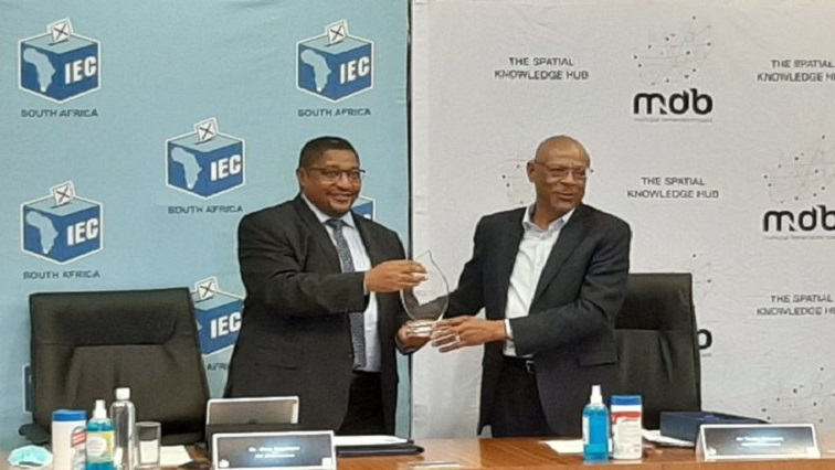 IEC Twitter @IECSouthAfrica - IEC urges South Africans to register for municipal elections