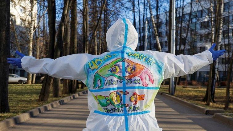 PPE R - PPE art brings a smile to Moscow's COVID patients