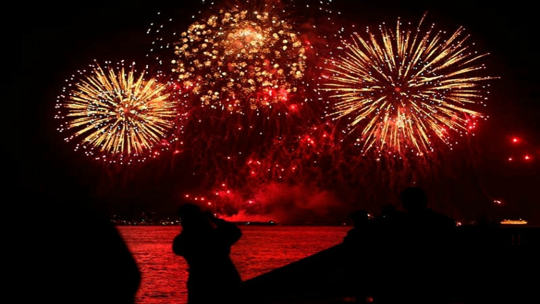 SABC News Fireworks Reuters 1 - South Africans express mixed views on use of fireworks on New Years Eve