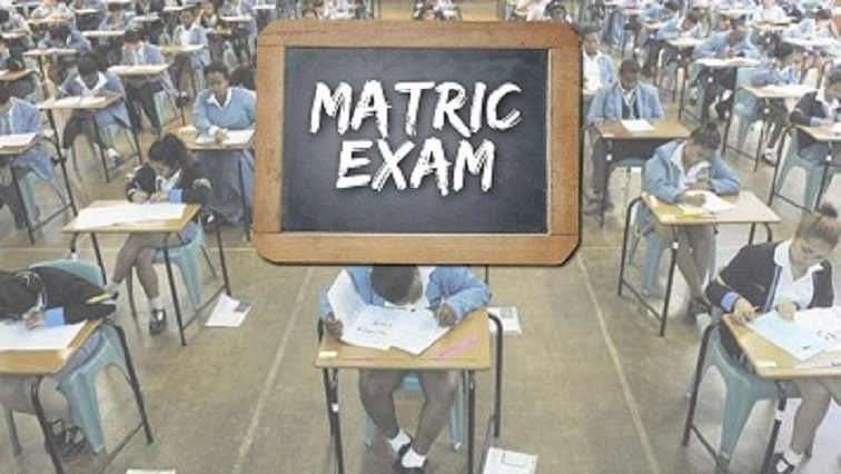 """SABC News Matric Exam 1 - Matric exam markers in E Cape embark on """"red pen down"""""""