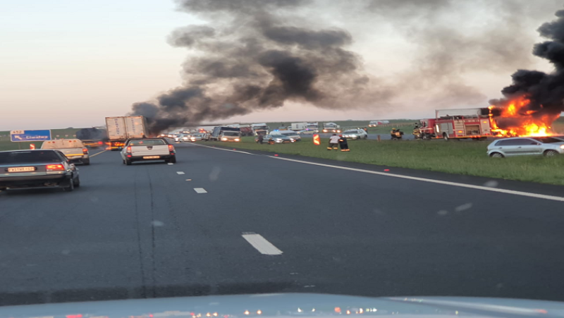 SABC News truck burning twitter @TrafficSA - Those involved in truck attacks will be charged with economic sabotage: Mbalula