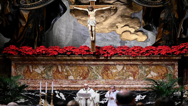 popo 1 - Pope urges help for poor at low-key Christmas Eve Mass curbed by COVID