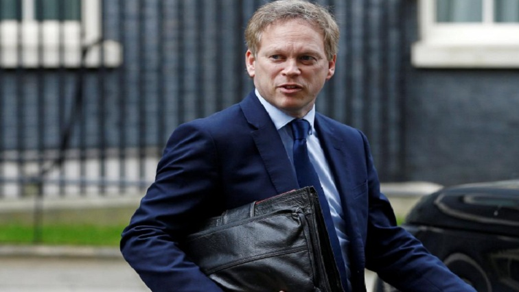 shapps 2 - England halts flights from South Africa as coronavirus variant spreads