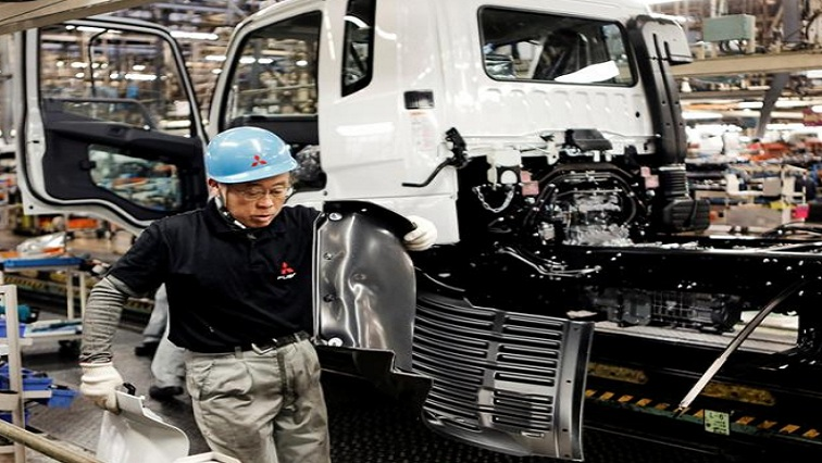 smile 4 - Japan's service sector struggles to recover amid COVID-19 resurgence – PMI
