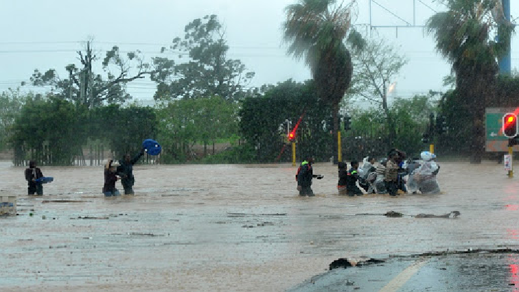 Heavy Rains flooding - Free State farmers concerned over heavy downpours