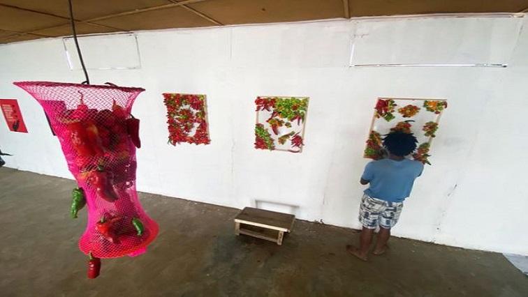 Omkeko R - Nigerian artist creates rotting exhibit as coronavirus warning