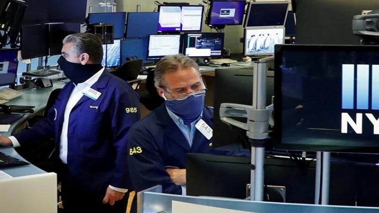 bert 1 - Wall Street ends higher amid upbeat earnings, economic data