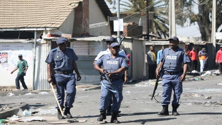 Political parties react to President Ramaphosa's response to persistent public violence – SABC News